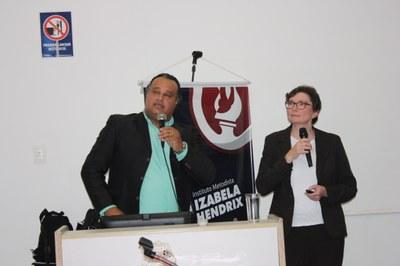 Izabela promove palestra sobre oportunidades de mercado global em mercados emergentes
