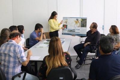 Egressa do Izabela Hendrix apresenta projeto na Prefeitura de Santa Luzia