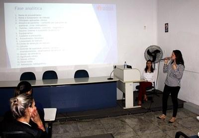 Projeto de Extensão Saúde Coletiva  recebe alunos do Utramig para visita técnica