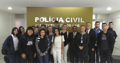 Estudantes de Direito fazem visita técnica ao IML