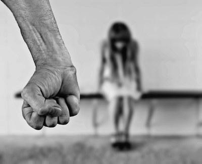 Projeto de extensão do Izabela enfrenta violência doméstica e de gênero