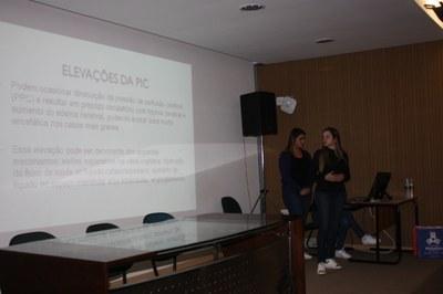 Alunos de Fisioterapia apresentam seminários sobre doenças respiratórias