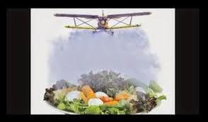 O veneno está na mesa – modelo alimentação, agricultura e saúde no Brasil