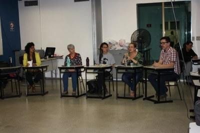Cursos do Izabela realizam apresentação de trabalho sobre Violência contra a mulher
