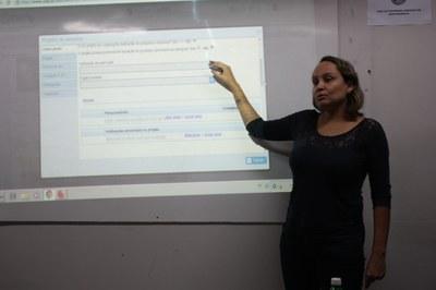Cursos realizam minicurso sobre Plataforma Lattes no Izabela Hendrix