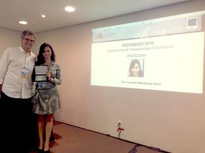 Docente do Izabela Hendrix ganha importante prêmio na área de Fonoaudiologia