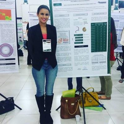 Egressa do Izabela apresenta trabalho no 14° Encontro Mineiro de Biomedicina