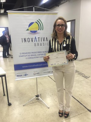 Professora do Izabela Hendrix participa do Demoday InovAtiva 2016