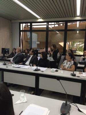 Professora do Izabela participa de audiência sobre instalação de antenas telefônicas em Belo Horizonte